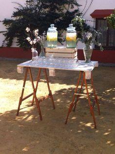 Mientras llega la novia...agua fresca
