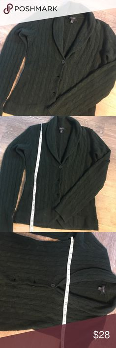 Bloomingdales Aqua Cashmere cable knit sweater Med Soft and warm, dark green, cashmere sweater cardigan made by Aqua cashmere.  Size Medium in excellent, gently used condition.  See pictures for measurements! Aqua Cashmere Sweaters Cardigans