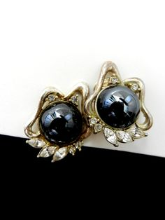 Earrings Vintage 1970 Italy  Elegance in by VintageItalianJewel, $34.00