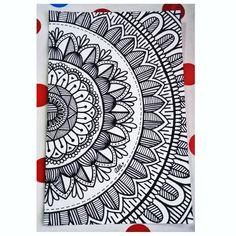 Díganme que les parece, acabo de terminarla. Mandala Doodle, Easy Mandala Drawing, Mandala Art Lesson, Mandala Artwork, Simple Mandala, Doodle Art Designs, Easy Doodle Art, Doodle Art Drawing, Cool Art Drawings