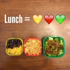 Lunch was a yellow container with black beans and rice, shredded chicken with southwest seasoning, and a green container of romaine and chopped jalapeños