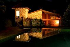 Villa de vacaciones en A Coruña, Galicia, España. 5 Dormitorios + 3 Baños + 12 Plazas > http://ow.ly/lQ70I #AlwaysOnVacation