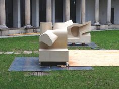 LED-lit Sculpture - Steven Holl Inversion