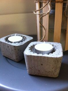 Fru Hansens kreativiteter Cement Crafts, Vase, Concrete, Mosaic, Candle Holders, Candles, Products, Cement Planters, Vases