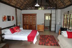 Thaba Noka a luxurious self-catering venue on the banks of the Vaal River close to the Vredefort Dome World Heritage Site. Honeymoon Cottages, Family Units, Maine House, World Heritage Sites, Banks, Closer, Catering, Jewel, Centre