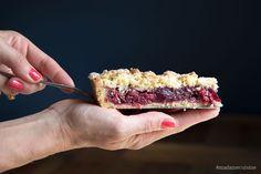 Kirsch-Streusel-Kuchen - Madame Cuisine Cherry Crumble, Paste Recipe, Custard Powder, Springform Pan, Eat Cake, Food Processor Recipes, Food Porn, Easy Meals, Stuffed Peppers