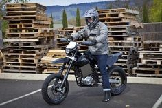 Brammo's Encite and Engage: The World's First Multi-Speed Electric Motorcycles | Popular Science
