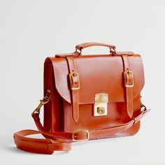 Belgrave Crescent Kensington Satchel in Light Havana $650