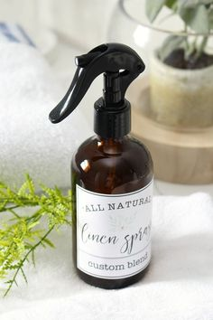 The best DIY room and linen spray recipe with lots of great tips on how to use and store them! Free printable labels included for a pretty touch to your home decor.