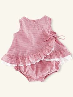 32 Trendy Ideas Sewing Baby Girl Gifts Kids - Baby Girl Dress - Ideas of Baby Girl Dress Baby Girl Frocks, Frocks For Girls, Baby Girl Romper, Little Girl Dresses, Baby Dresses, Baby Girls, Infant Dresses, Baby Baby, Baby Girl Dress Design