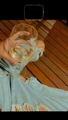 Insta Story, Alcoholic Drinks, Lovers, Food, Essen, Liquor Drinks, Meals, Alcoholic Beverages, Yemek