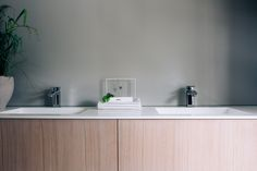 Modern bathroom in oak and Corian Kitchen Interior, Custom Kitchen, Interior, Oak Kitchen, Cabinetry, Home Decor, Kitchen, Modern Bathroom, Interior Design