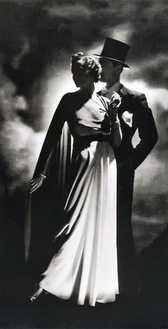 Fashion shoot, London 1936.  Horst P. Horst