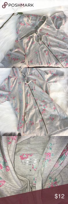 🌼 Maurices Floral Hoodie Sweatshirt NWOT Maurices Sweaters
