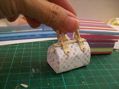 """.:* L - OMG! adorable mini polymerclay Louis Vuitton bag.Las Margaritas: Mas bolsos y tutorial"""""""
