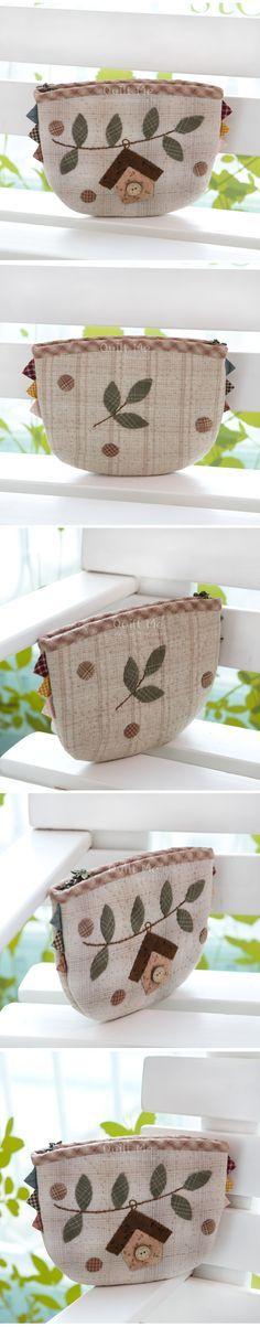 cute bag - like the addtional side prairie points Japanese quilter 퀼트미 [버드 하우스 파우치]