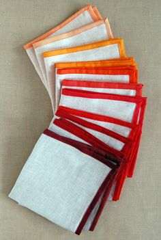 Sewing Crafts To Make and Sell - Linen Napkins - Easy DIY Sewing Ideas To Make and Sell for Your Craft Business. Make Money with these Simple Gift Ideas, Free Patterns, Products from Fabric Scraps, Cute Kids Tutorials Easy Sewing Projects, Sewing Hacks, Sewing Tutorials, Sewing Crafts, Sewing Ideas, Sewing Tips, Sewing Patterns, Diy Crafts, Thanksgiving Fashion