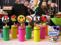 Lynlee's Petite Cakes: Growing up 80's! - Super cute for kids candy table