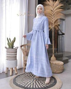 Muslimah Wedding Dress, Hijab Style Dress, Casual Hijab Outfit, Casual Outfits, Modest Dresses, Modest Outfits, Modest Fashion, Fashion Outfits, Modest Clothing