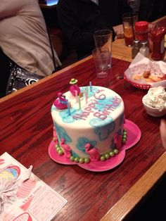 Rainbow / flamingo / cloud cake