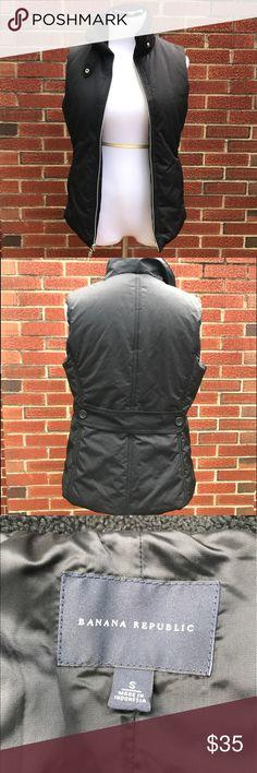 Banana Republic black puffy vest. Size S Banana Republic black puffy vest. Size S Banana Republic Jackets & Coats Vests