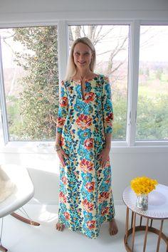 Lotta Jansdotter's Esme Caftan in Eternal Sunshine Decorator Sateen - Rose Vine/Ivory.