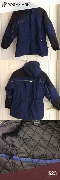 Pacific Trail Boys Jacket Pacific Trail boys jacket. Jacket has signs of multiple wears but many wears left. Size M (10-12) Inside of hood has pills. Inside drawstring to tighten at waist. Upper Velcro pockets and zipper lower pockets. Velcro at sleeves to tighten. Couple of tiny green specks lower front as shown in photo. Working zipper and Velcro closures. Price reflects condition of coat. 100% nylon Filler 100% polyester Pacific Trail Jackets & Coats