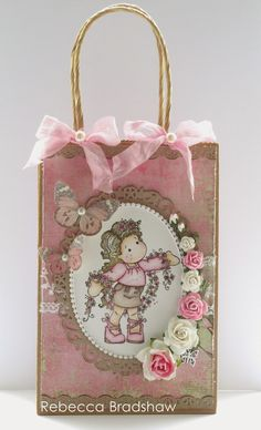 My first gift bag using Tilda with Winding Flowers (LOTV Antebellum papers)