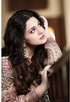 Pakistani entertainment drama online,film or music. Pakistani Drama and celebrities call, SMS, Data and all packages Lovely Girl Image, Beautiful Girl Photo, Beautiful Girl Indian, Girls Image, Beautiful Women, Beautiful Soul, Beautiful People, Stylish Girls Photos, Stylish Girl Pic