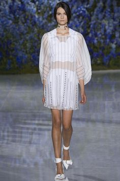 Christian Dior Spring 2016 Ready-to-Wear Collection Photos - Vogue