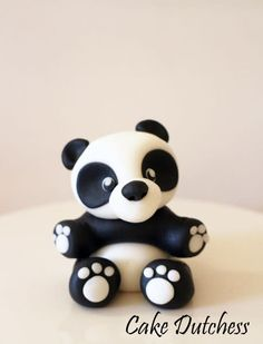 Panda Bear Cake Topper with step by step - cake by Etty Panda Cupcakes, Animal Cupcakes, Panda Bear Cake, Bolo Panda, Bear Cakes, Modeling Chocolate Figures, Panda Birthday Cake, Baby Shower Oso, Fondant Animals