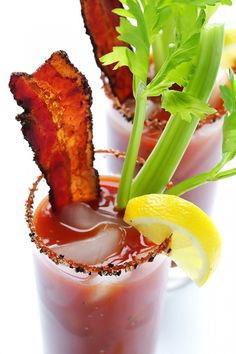 This Peppered Bacon Bloody Mary is a very simple, smoky, and scrumptious twist on the classic drink.