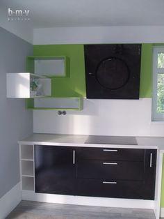 Kuchyňa zelena - BMV Kuchyne Bathroom Lighting, Mirror, Furniture, Home Decor, Bathroom Light Fittings, Bathroom Vanity Lighting, Decoration Home, Room Decor, Mirrors