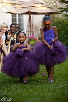 My cousin had this for thier wedding. The cutest flower girl dresses ever!