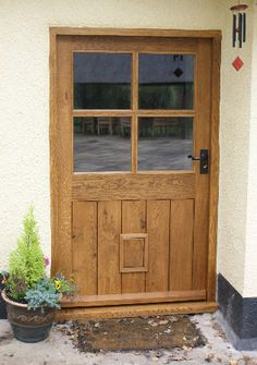 Mud room / Laundry room Door (Extra Wide Oak Door with cat flap)