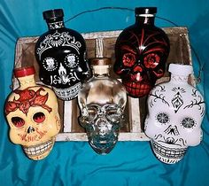 "Clear Vodka Skull Bottle from Dan Aykroyd's ""Pure Spirit"" Crystal Skull Vodka. Tequila Bottles, Liquor Bottles, Skull Vodka Bottle, Crystal Skull Vodka, Whiskey Decanter, Jim Beam, Mexican Party, Black Skulls, Ultimate Collection"