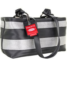 Harveys Seatbelt Bag at Zappos. Free shipping, free returns, more happiness!