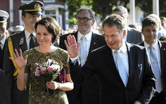 Sauli Niinistö with his wife Jenni Haukio.  ||  Finland is one of the most equal countries in the world, where politicians even in high office enjoy few formal privileges over regular people compared to other countries.
