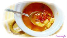 Gyömbéres édesburgonya krémleves   Anna konyhája Chili, Bacon, Soup, Anna, Ethnic Recipes, Chile, Soups, Chilis, Pork Belly