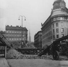 zerstörtes Wien   vienna-timeline.com Timeline, Ww2, Photographs, Street View, History, Vintage, Vienna, Battle, Remember This