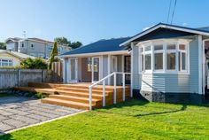 Open2view ID#345945 (99 The Parade) - Property for sale in Island Bay, New Zealand