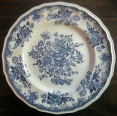 Blue Toile Butterfly Mum Poppy Bird Vintage Plate S - Decorative Dishes Blue Dishes, White Dishes, Fancy Dishes, Vintage Plates, Vintage Dishes, Vintage China, Blue And White China, Blue China, White Decor
