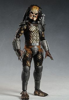 Classic Predator from Predators sixth scale action figure by Hot Toys
