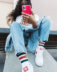Protect your new iPhone with Case-Mate's fashion-forward premium cases. Discover our new iPhone 2019 cases collection here and choose your favorite. Neon Purple, Neon Yellow, New Iphone, Iphone Cases, White Iphone, Fashion Forward, Mom Jeans, Collection, Nails