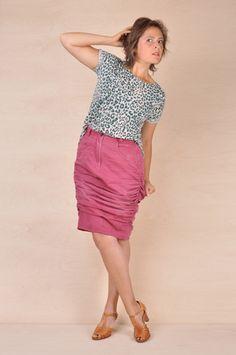 Sy om, redesign av klede med Veronika Glitsch. Skirts, Fashion, Velvet, Moda, Fashion Styles, Skirt, Fashion Illustrations, Gowns