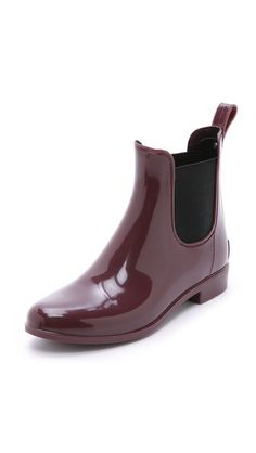 Currently Coveting: Chelsea Boots for Rain or Shine - Style Context