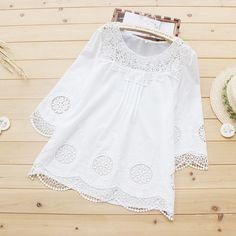 Circle Embroidery Hollow Out Lace Kawaii Cute Delicate Solid White Cotton Female Shirt Top Mori Girl Basic Lolita Top U106