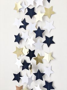 Navy Blue Gold Stars Garland Love You to the Moon and Back Nursery Birthday Garland Twinkle Twinkle Little Star Baby Shower Decorations - Dekoration Welt Ideas Decoracion Cumpleaños, Decoracion Baby Shower Niña, Baby Shower Invitaciones, Space Baby Shower, Idee Baby Shower, Baby Shower Table, Navy Baby Showers, Star Baby Showers, Birthday Garland