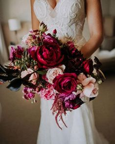 Dark pink wedding bouquet,autumn wedding bouquet,Beautiful and colorful bridal bouquet