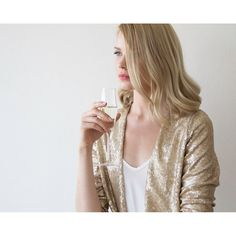 Sequin gold jacket with long sleeves